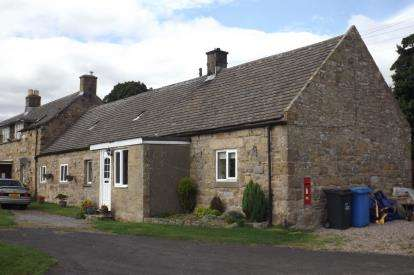 3 Bedrooms Bungalow for sale in North Side, Ryal, Northumberland, NE20