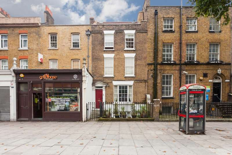 Flat for sale in Mile End Road, Stepney, E1