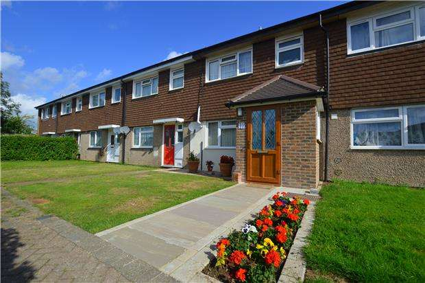 3 Bedrooms Terraced House for sale in Queens Drive, Sevenoaks, Kent, TN14 5DB