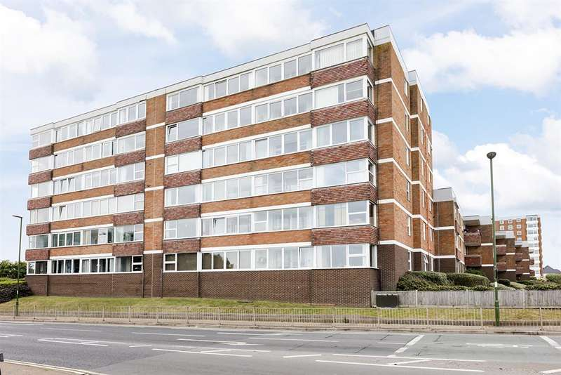 2 Bedrooms Ground Flat for sale in Francome House, Brighton Road, Lancing, BN15 8RP