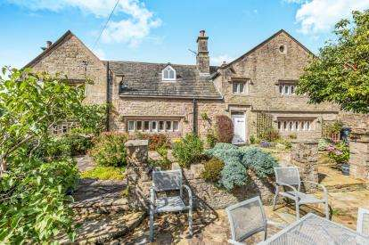 4 Bedrooms Detached House for sale in Bank Hey Lane South, Sunnybower, Blackburn, Lancashire