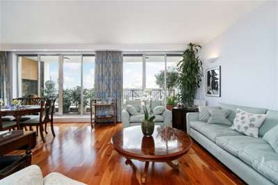 2 Bedrooms Flat for rent in The Quadrangle, Chelsea Harbour, SW10
