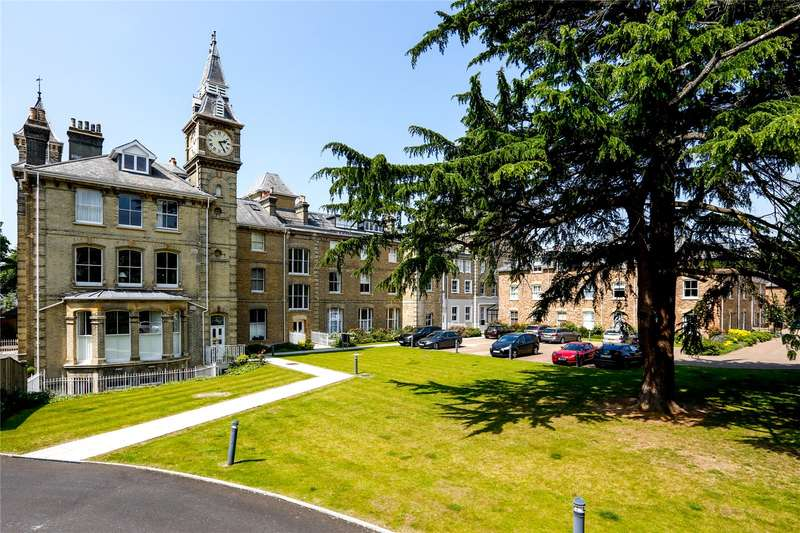3 Bedrooms Flat for sale in Normansfield Court, 22 Langdon Park, Teddington, TW11