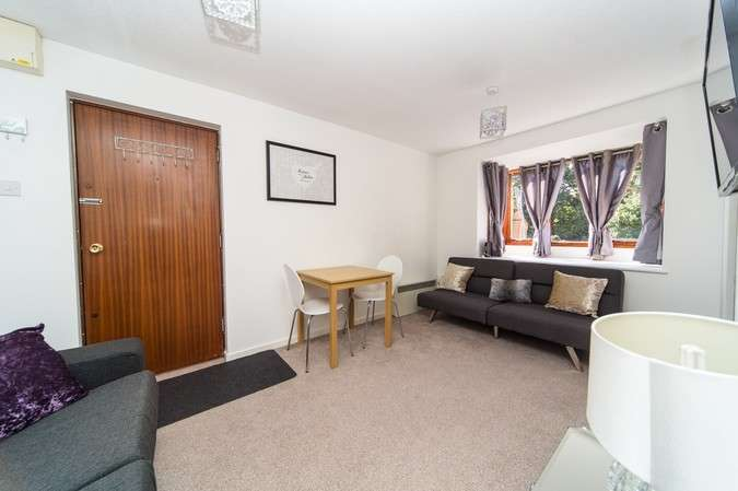 Flat for sale in Wilkinson Way, Chiswick
