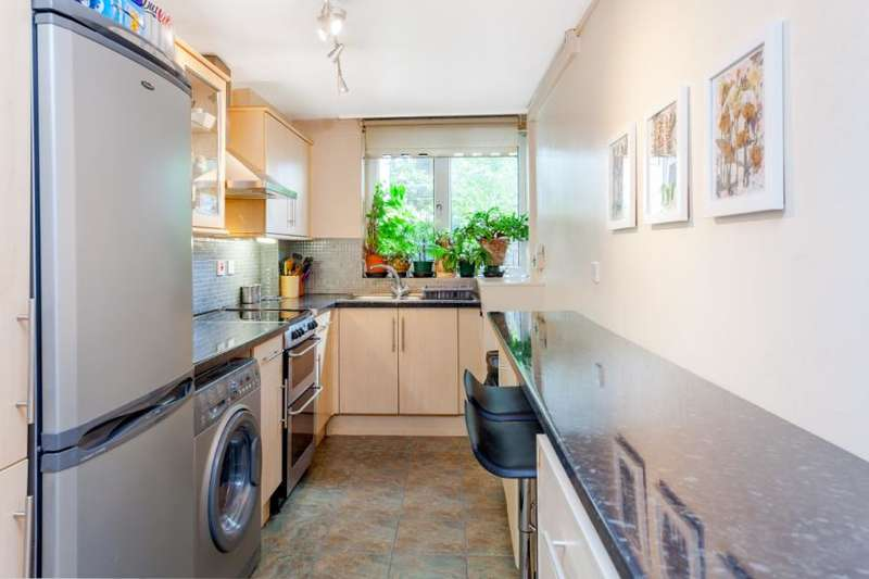 2 Bedrooms Apartment Flat for sale in Essex Road, N1