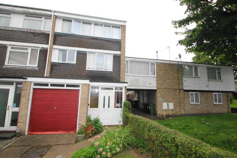 4 Bedrooms Town House for sale in FOUR BEDROOM TOWN HOUSE with OFF ROAD PARKING & GARAGE