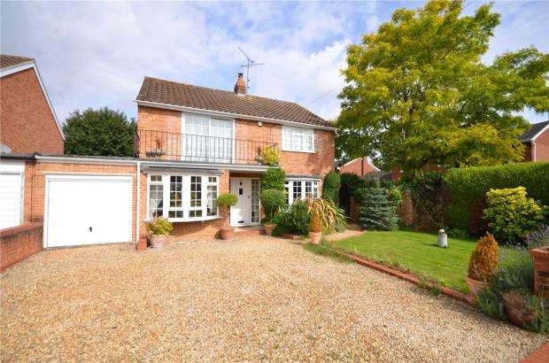 3 Bedrooms Detached House for sale in Thames Crescent, Maidenhead, Berkshire