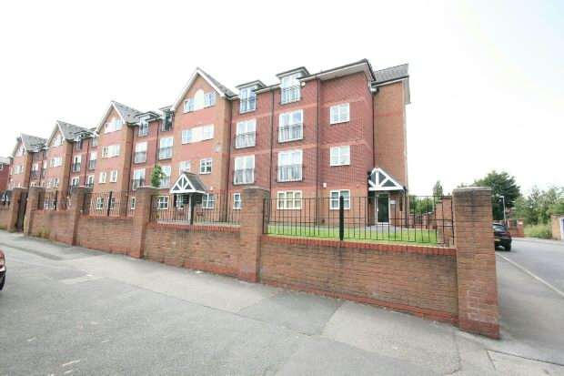 2 Bedrooms Apartment Flat for sale in Hall Lane, Manchester