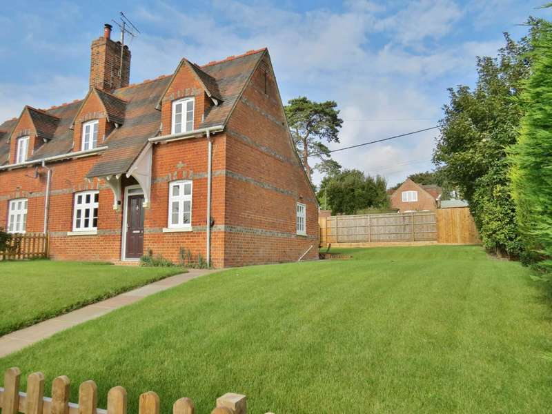 2 Bedrooms Semi Detached House for sale in Railway Terrace, Great Bedwyn