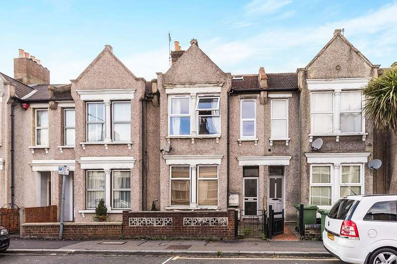 2 Bedrooms Flat for sale in Woolwich Road, Bexleyheath, DA7