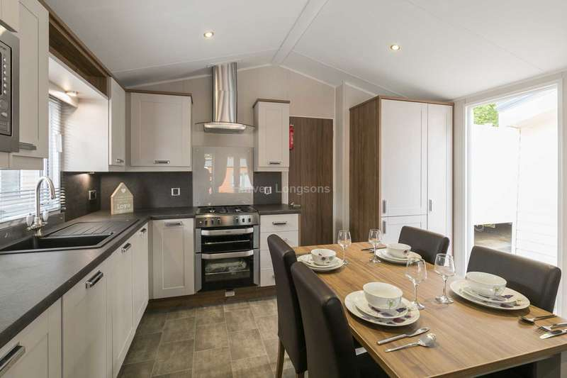 2 Bedrooms Lodge Character Property for sale in St Leonards On Sea, East Sussex