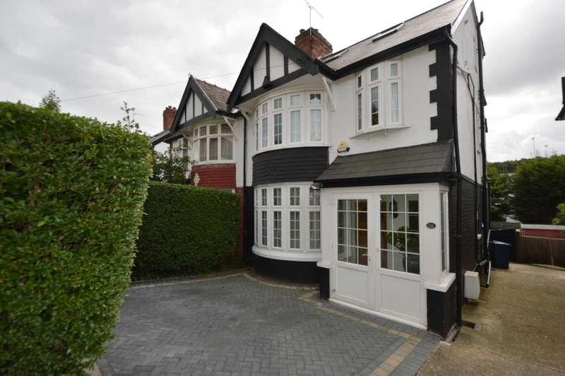 4 Bedrooms Semi Detached House for sale in Ferncroft Avenue, Friern Barnet