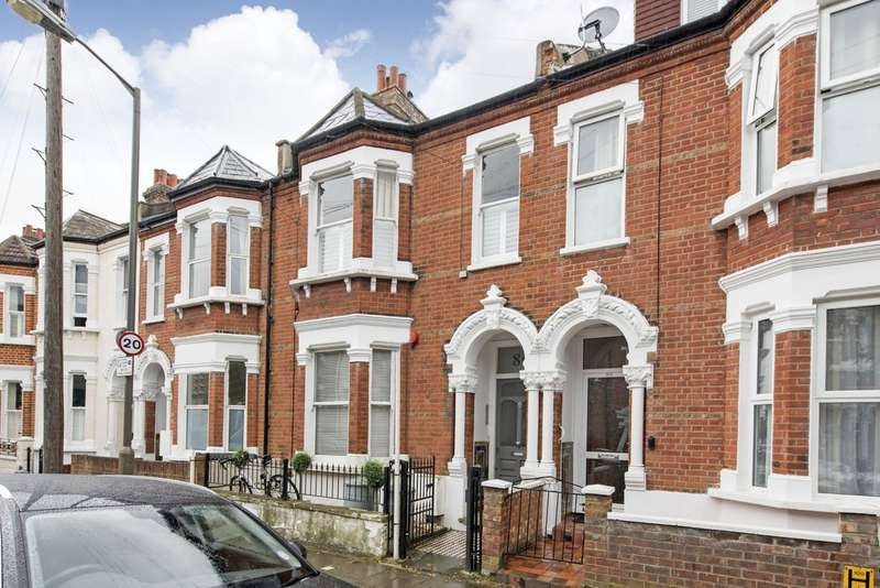 2 Bedrooms Flat for sale in Broxash Road, Battersea, London