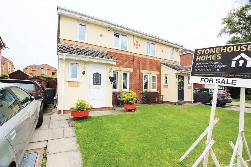 3 Bedrooms Semi Detached House for sale in Crowell Way, Walton-Le-Dale, Preston