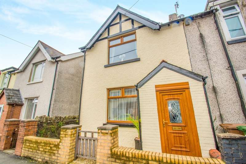 3 Bedrooms Semi Detached House for sale in Southpandy Road, Caerphilly