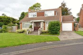 4 Bedrooms House for sale in 1 East Court, East Cosham, Portsmouth, PO6 2NX