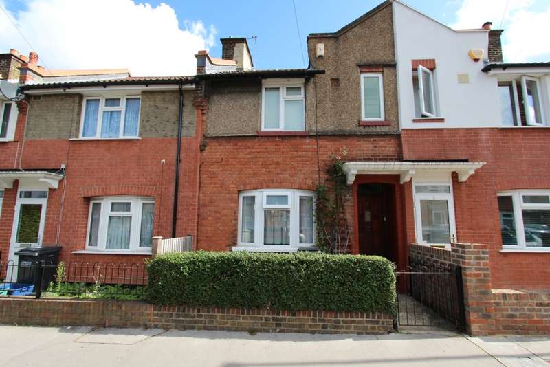 2 Bedrooms Terraced House for sale in Ritchie Road, Addiscombe, CR0