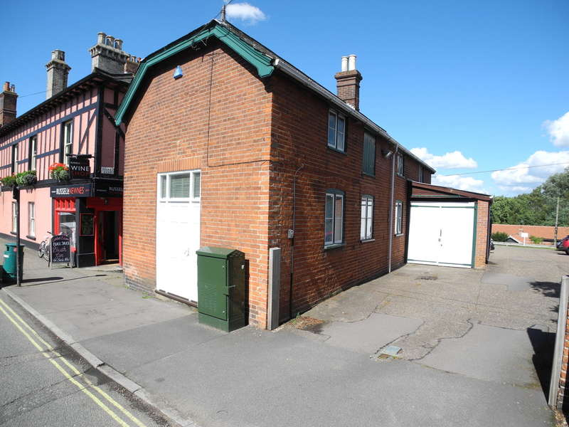 Detached House for sale in Broad Street, Bungay