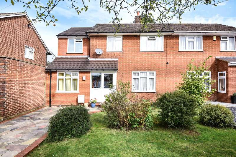 4 Bedrooms Semi Detached House for sale in Honister Close, Stanmore, Middlesex, HA7