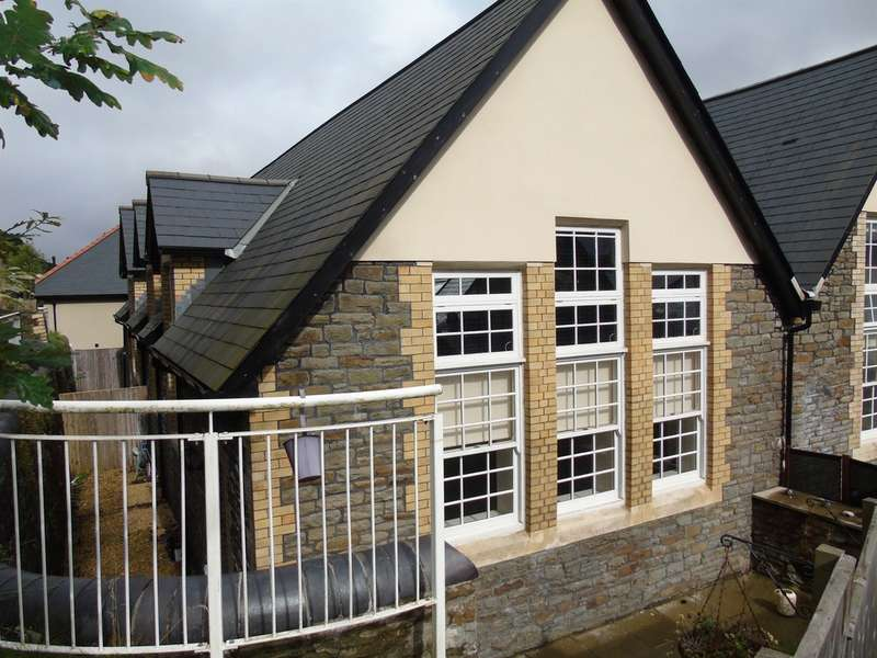 3 Bedrooms Town House for sale in Old School Lane, Pontypridd