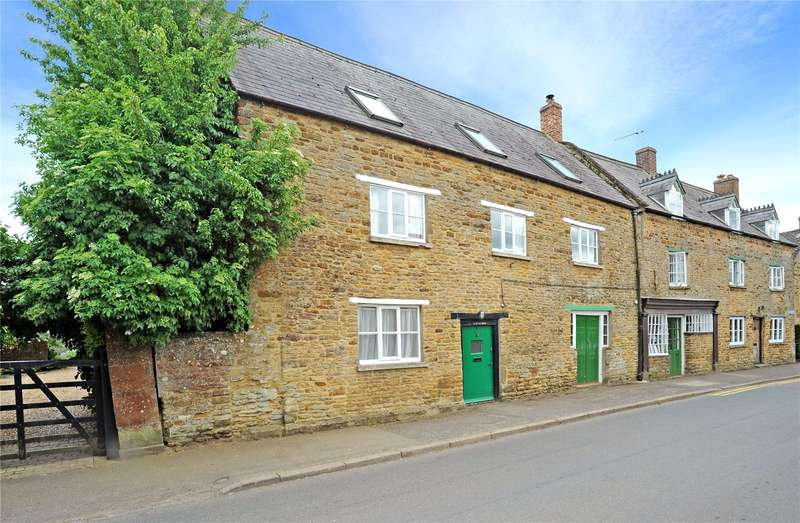 4 Bedrooms House for sale in Astrop Road, Kings Sutton, Nr Banbury, Oxfordshire, OX17