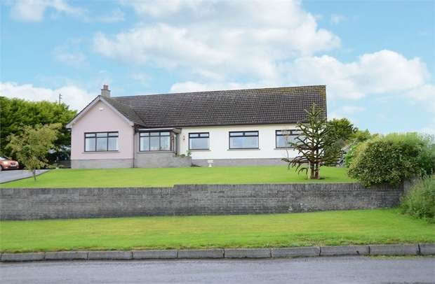 6 Bedrooms Detached Bungalow for sale in Deerpark Road, Glenarm, Ballymena, County Antrim
