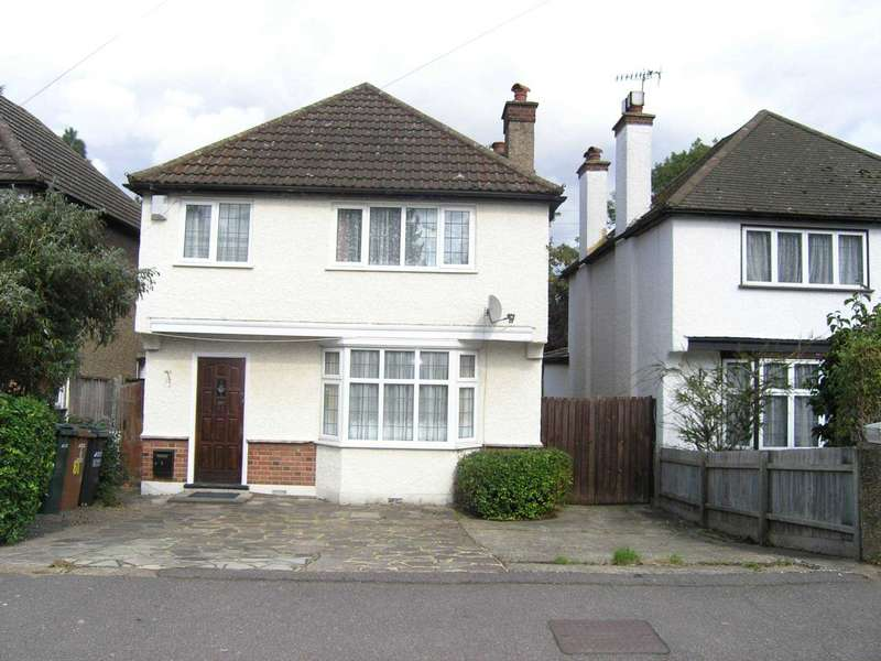 3 Bedrooms Detached House for sale in BrookDene Avenue, Oxhey