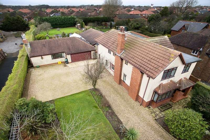 5 Bedrooms Detached House for sale in Park Road, Thornton-Cleveleys, FY5