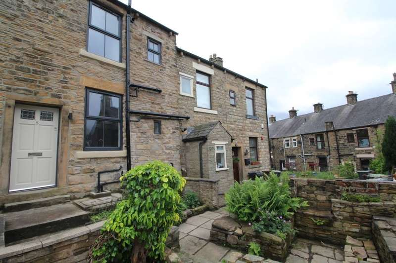 2 Bedrooms Terraced House for sale in Hadfield, Glossop, SK13