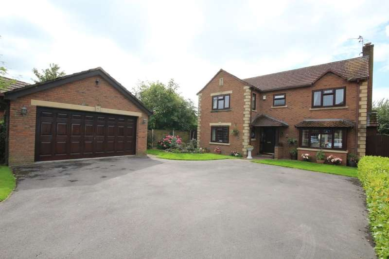 4 Bedrooms Detached House for sale in The Oaks, St. Michaels, Preston, PR3