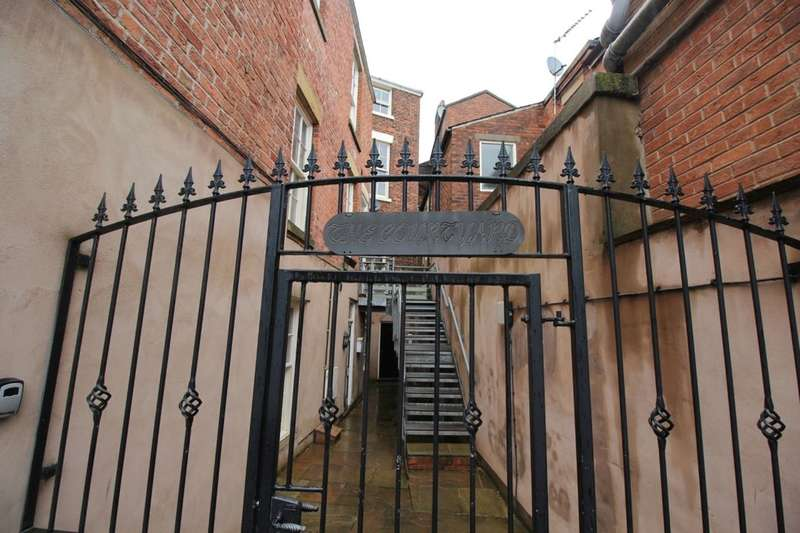 1 Bedroom Flat for sale in Stanley Place, Preston, PR1