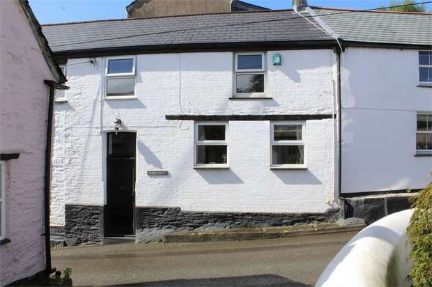 3 Bedrooms Semi Detached House for sale in Tower Hill, Egloshayle, Wadebridge, Cornwall