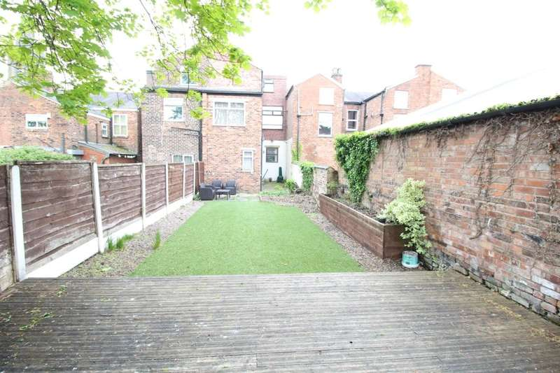 5 Bedrooms Terraced House for sale in Chester Road, Stretford, Manchester, M32