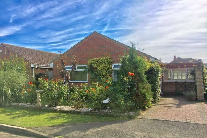 2 Bedrooms Detached Bungalow for sale in Scotts Acre, Camber, Rye, TN31