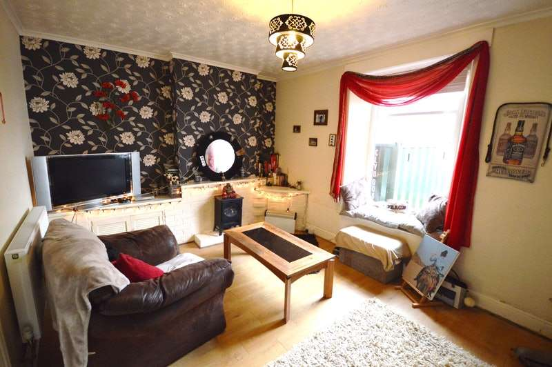 1 Bedroom Flat for sale in Totnes Road, Paignton, Devon, TQ3