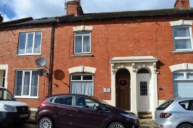 3 Bedrooms Terraced House for sale in Hervey Street, The Mounts, Northampton NN1 3QJ