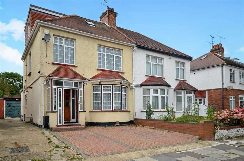 5 Bedrooms Semi Detached House for sale in Grove Road, London