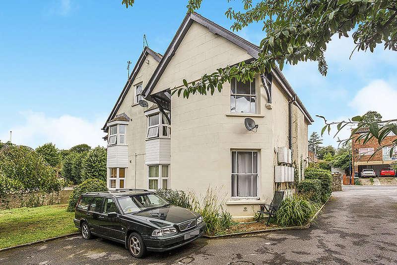 1 Bedroom Flat for sale in Pine Grove, Penenden Heath, Maidstone, ME14