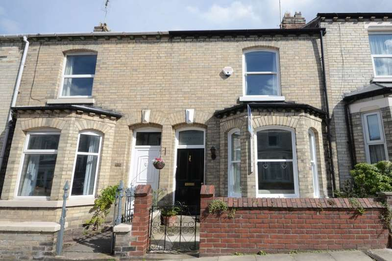 3 Bedrooms Terraced House for sale in Russell Street, York, YO23