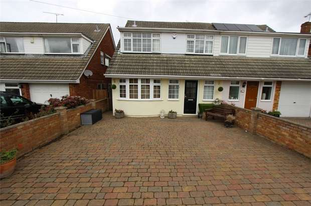 3 Bedrooms Semi Detached House for sale in 15 Borrowdale Close, BENFLEET, Essex