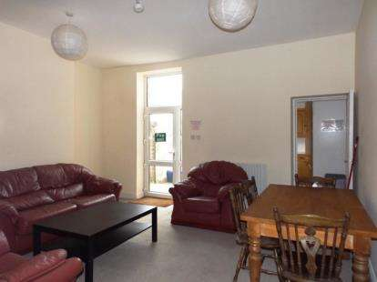 4 Bedrooms Terraced House for sale in Westgate, Burnley, Lancashire