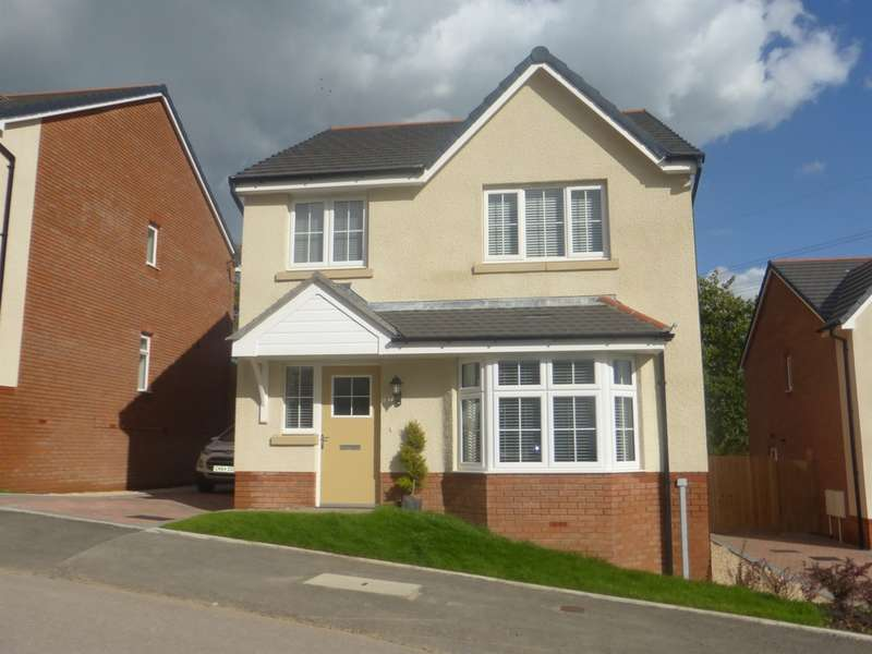 4 Bedrooms Detached House for sale in Highfields, Tonyrefail, Porth