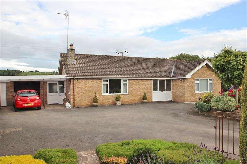 4 Bedrooms Detached Bungalow for sale in Mitcheldean Road, Lea, Ross-On-Wye