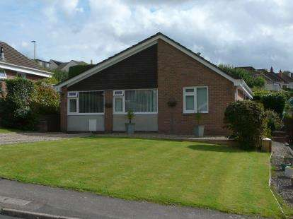 3 Bedrooms Bungalow for sale in Marldon, Paignton, Devon