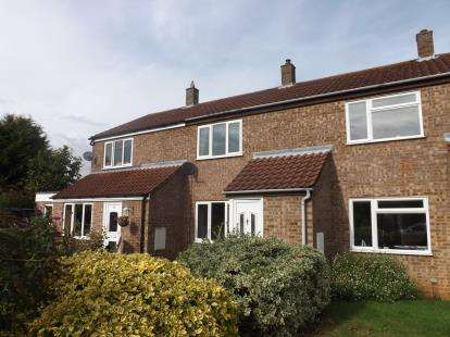 2 Bedrooms Terraced House for sale in Beechside, Gamlingay, Sandy, Cambridgeshire