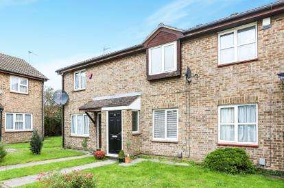 3 Bedrooms Terraced House for sale in Vanbrugh Drive, Houghton Regis, Dunstable, Bedfordshire