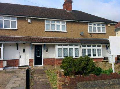 2 Bedrooms Terraced House for sale in Fern Way, Watford, Hertfordshire
