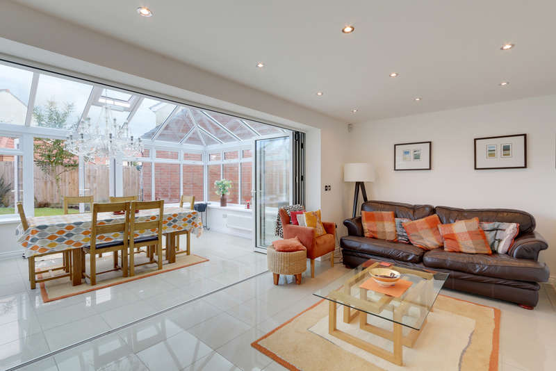 5 Bedrooms Detached House for sale in Best Park, Cranbrook