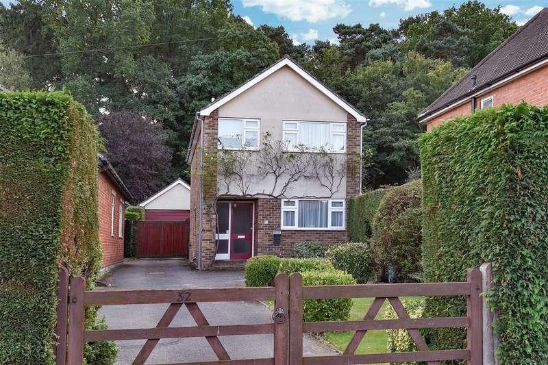 3 Bedrooms Detached House for sale in Upper Broadmoor Road, Crowthorne