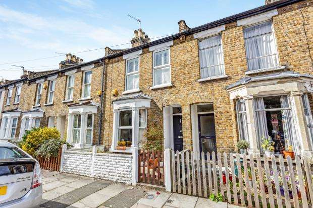 2 Bedrooms Terraced House for sale in Richmond, Surrey, .